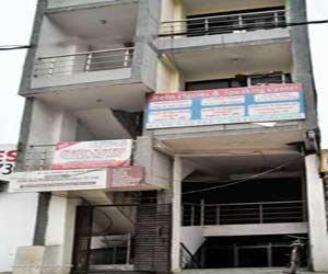 Aarti Apartments